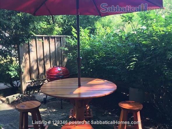 Charming 2BD, 2 Bath Apt Smack-Dab in Campus Area  w/Private Driveway/Entrance; No Contact. Home Rental in Madison, Wisconsin, United States 0