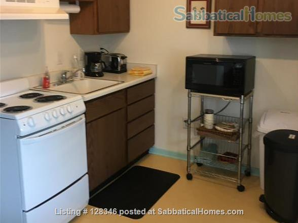 Charming 2BD, 2 Bath Apt Smack-Dab in Campus Area  w/Private Driveway/Entrance; No Contact. Home Rental in Madison, Wisconsin, United States 3