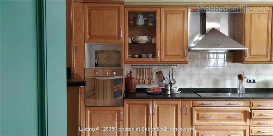 FLAT AT  FISHING TOWN TO WRITE  , REST , NICE WALKS Home Rental in Marín, GA, Spain 8