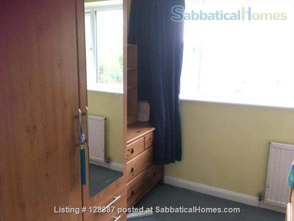 small riverside house close to Oxford Home Rental in Abingdon, England, United Kingdom 4