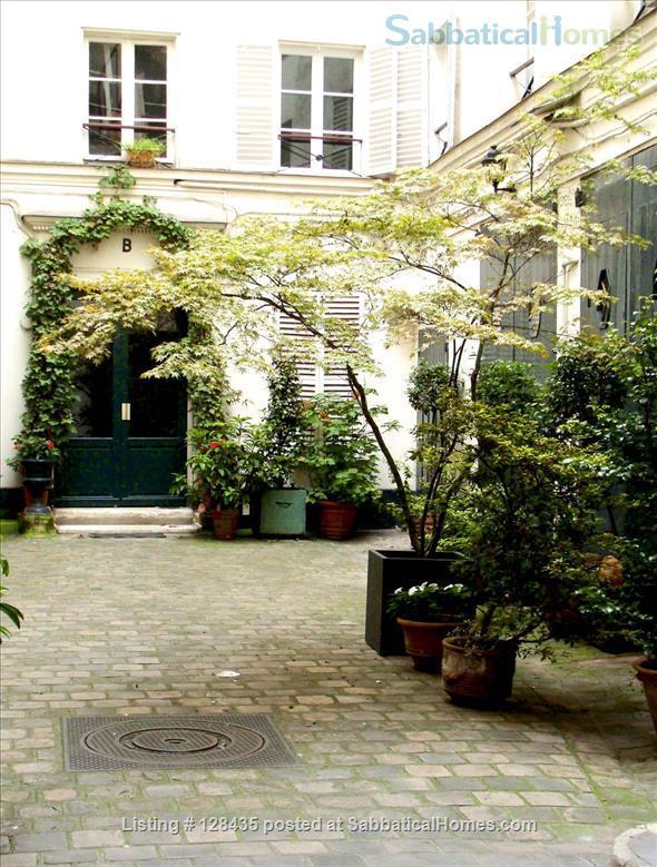 Paris, Left Bank : lovely studio apartment in Saint Germain des Prés Home Rental in Paris, Île-de-France, France 0