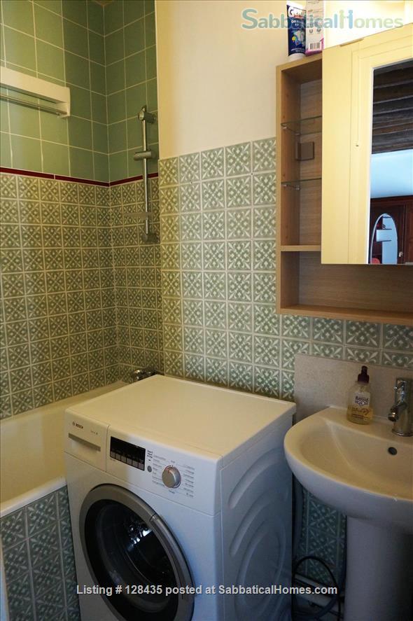 Paris, Left Bank : lovely studio apartment in Saint Germain des Prés Home Rental in Paris, Île-de-France, France 7