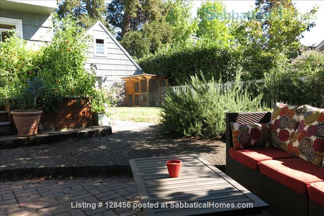 5 bed, 3.5 bath beautiful furnished home near University of Oregon Home Rental in Eugene, Oregon, United States 5