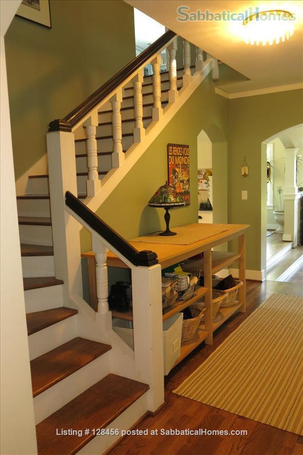 5 bed, 3.5 bath beautiful furnished home near University of Oregon Home Rental in Eugene, Oregon, United States 7