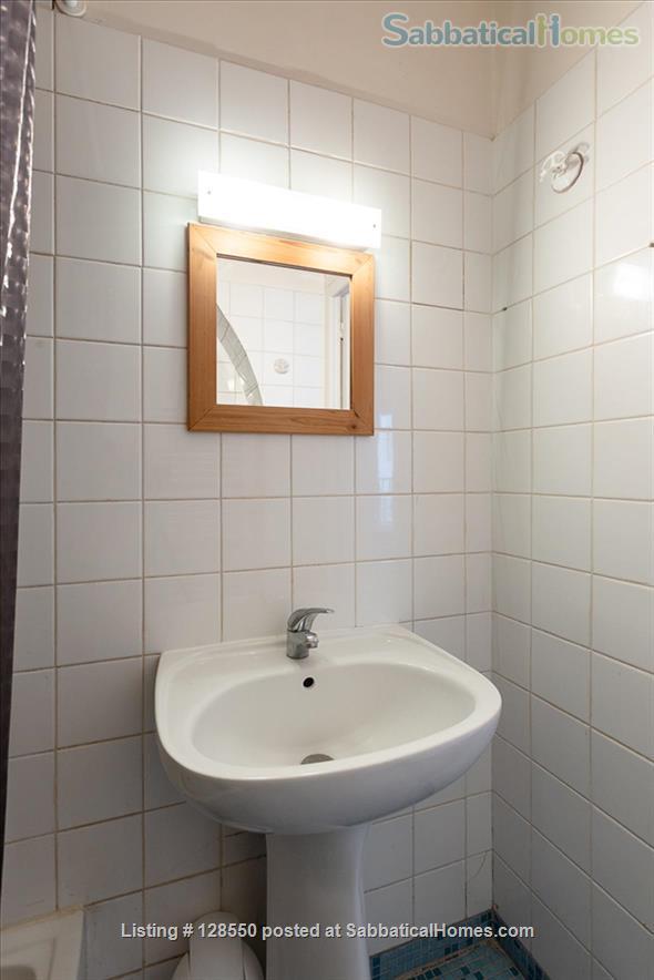 Studio appartment, Le Marais, Paris Home Rental in Paris, Île-de-France, France 8