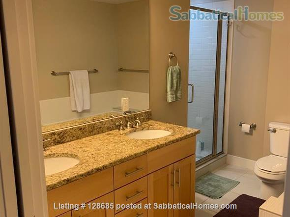 Beautiful, light-filled condo in heart of Sugarhouse neighborhood Home Rental in Salt Lake City, Utah, United States 9