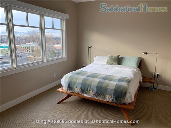 Beautiful, light-filled condo in heart of Sugarhouse neighborhood Home Rental in Salt Lake City, Utah, United States 5