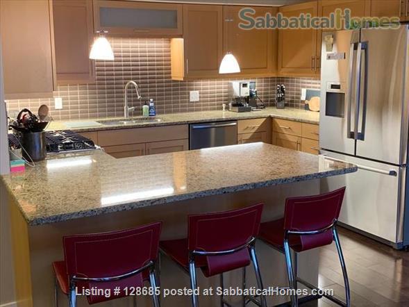Beautiful, light-filled condo in heart of Sugarhouse neighborhood Home Rental in Salt Lake City, Utah, United States 7