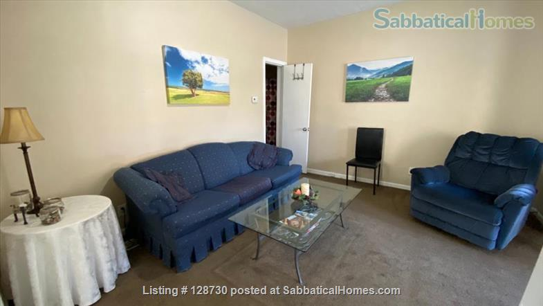 1-BR apt across from Memorial Hospital South Bend & very close to ND University. Home Rental in South Bend, Indiana, United States 3
