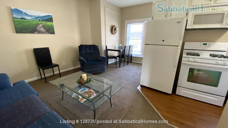 1-BR apt across from Memorial Hospital South Bend & very close to ND University. Home Rental in South Bend, Indiana, United States 4