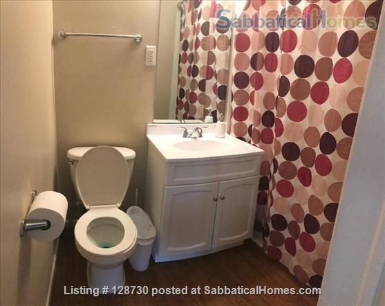 1-BR apt across from Memorial Hospital South Bend & very close to ND University. Home Rental in South Bend, Indiana, United States 7