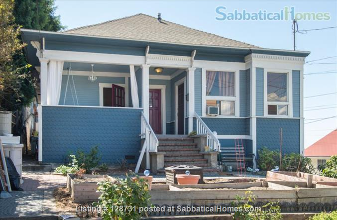 Quiet 1920's home with private porch Home Rental in Los Angeles, California, United States 9