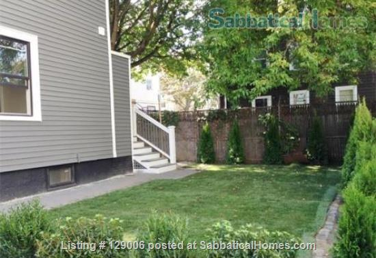 Bright, furnished 2 bed + 2 bath -- 15 min to MIT, Kendall, Harvard! Home Rental in Cambridge, Massachusetts, United States 7