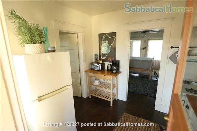Studio Apartment in Central Highland Park - Convenient to Occidental, Pasadena, and Downtown. Home Rental in Los Angeles, California, United States 3