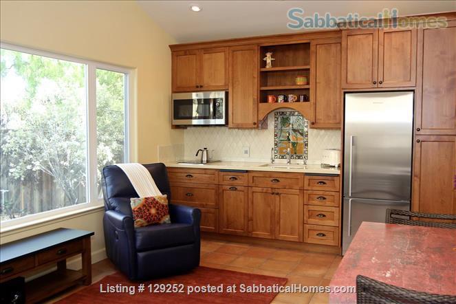 Westside Casita Home Rental in Santa Cruz, California, United States 2