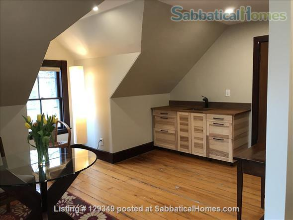 Private full floor suite in Family Home Home Exchange in Brookline, Massachusetts, United States 0