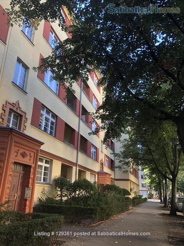 Well-being oasis with 3,5 rooms in Berlin-Wilmersdorf Home Rental in Berlin 1 - thumbnail