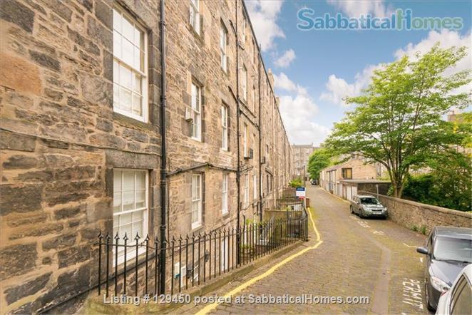 Edinburgh New Town - Super Mews Apartment Home Rental in Edinburgh, Scotland, United Kingdom 9