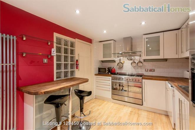 Edinburgh New Town - Super Mews Apartment Home Rental in Edinburgh, Scotland, United Kingdom 4