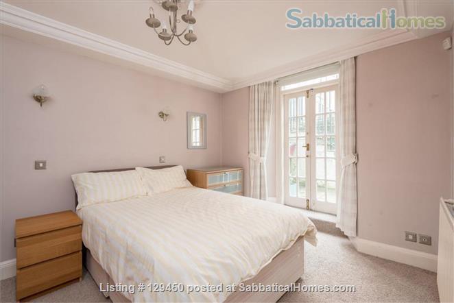 Edinburgh New Town - Super Mews Apartment Home Rental in Edinburgh, Scotland, United Kingdom 5