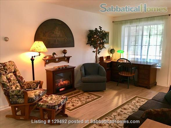 Looking for a 1-bedroom condo in quiet complex Home Rental in Hamden, Connecticut, United States 1
