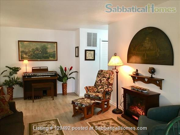Looking for a 1-bedroom condo in quiet complex Home Rental in Hamden, Connecticut, United States 0