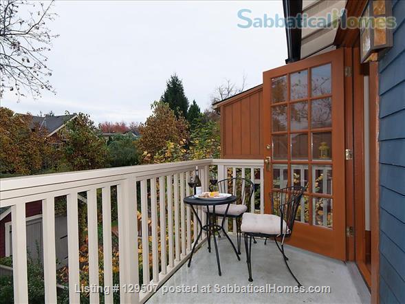 Deluxe Loft Suite - Best Neighborhood in Vancouver - Close to UBC Home Rental in Vancouver, British Columbia, Canada 8