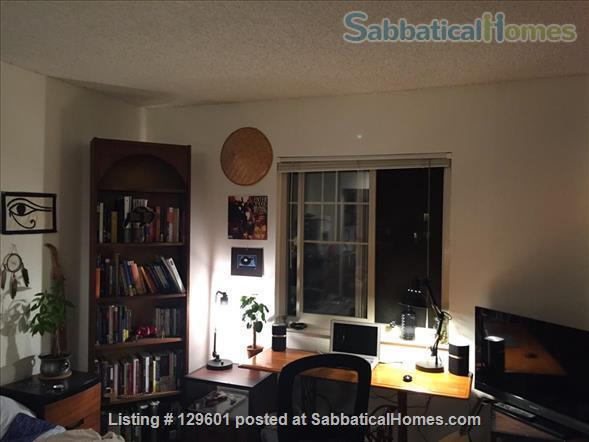2 Bedroom two bathroom apartment Home Rental in Boulder, Colorado, United States 1