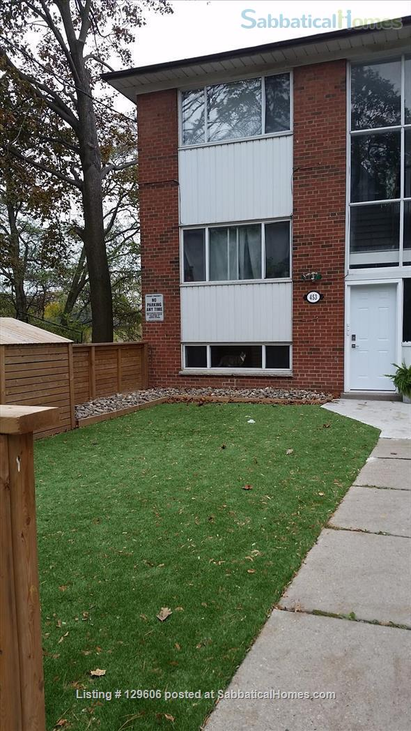 April 1, 2022 - Luxurious, furnished 2-bdrm, 1 bath in Leslieville Triplex Home Rental in Toronto, Ontario, Canada 9