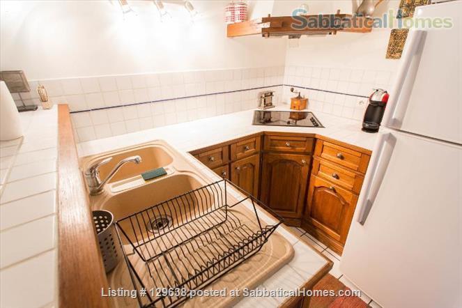 Charming Loft-style Apartment in the Haut Marais Home Rental in Paris, Île-de-France, France 3