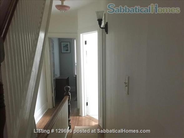 Lovely downtown house: 3 bedroom + 2 studies, back yard, front porch, electric car parking Home Rental in Toronto, Ontario, Canada 6