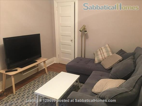 Lovely downtown house: 3 bedroom + 2 studies, back yard, front porch, electric car parking Home Rental in Toronto, Ontario, Canada 7