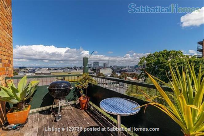 Large Character Apartment in Central Auckland Home Rental in Auckland 1