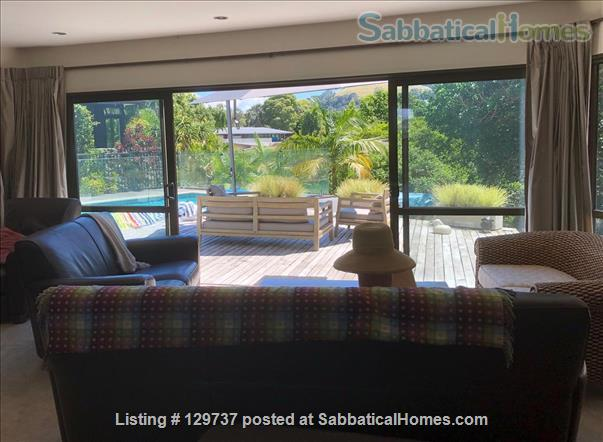 Large family home and garden in central Auckland Home Rental in Auckland, Auckland, New Zealand 2