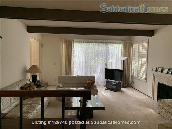 Furnished 2 bedroom townhome in  Silicon Valley by Stanford/UC Berkeley Home Rental in Menlo Park, California, United States 0