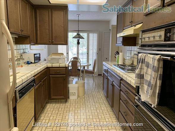 Furnished 2 bedroom townhome in  Silicon Valley by Stanford/UC Berkeley Home Rental in Menlo Park, California, United States 6