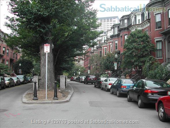 LOVELY FURNISHED STUDIO IN CHARMING BROWNSTONE (M365ST) Home Rental in Boston, Massachusetts, United States 5