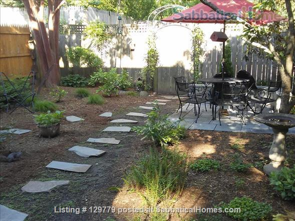 Cozy  English Basement Apt in pleasant Cleveland Park DC Home Rental in Washington, District of Columbia, United States 7