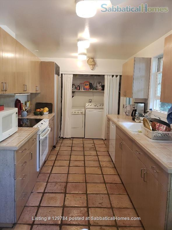 Upper Kaimuki/Kahala, beautiful furnished home  08/01/2021-10/31/2021 Home Rental in Honolulu, Hawaii, United States 7