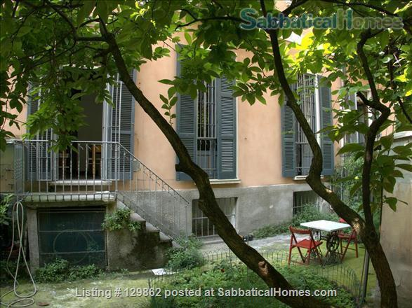 Wonderful apartment with private garden in the center of Milan (Porta Romana) Home Rental in Milan, Lombardia, Italy 8