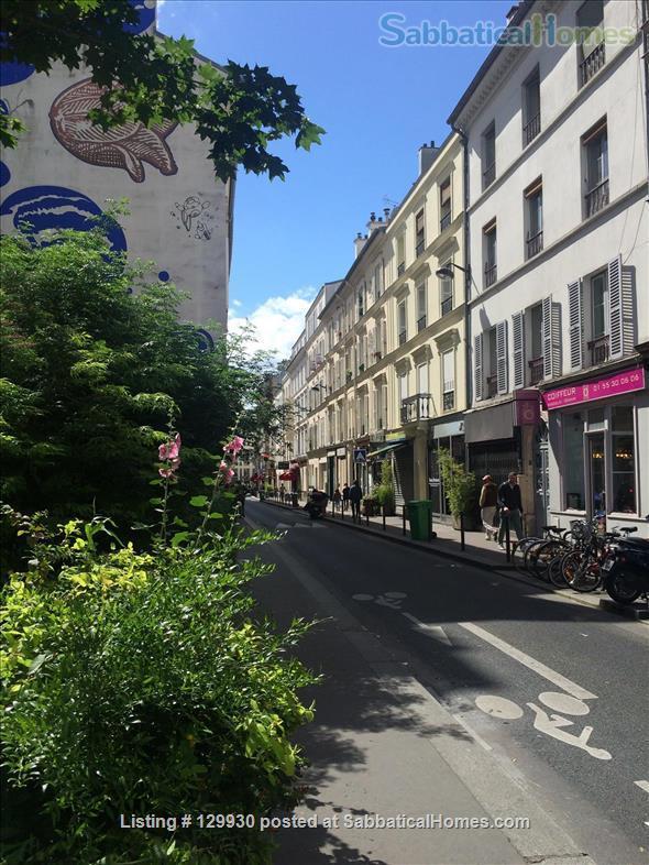 Loft-style apartment in Paris 17 with private courtyard Home Rental in Paris, Île-de-France, France 9