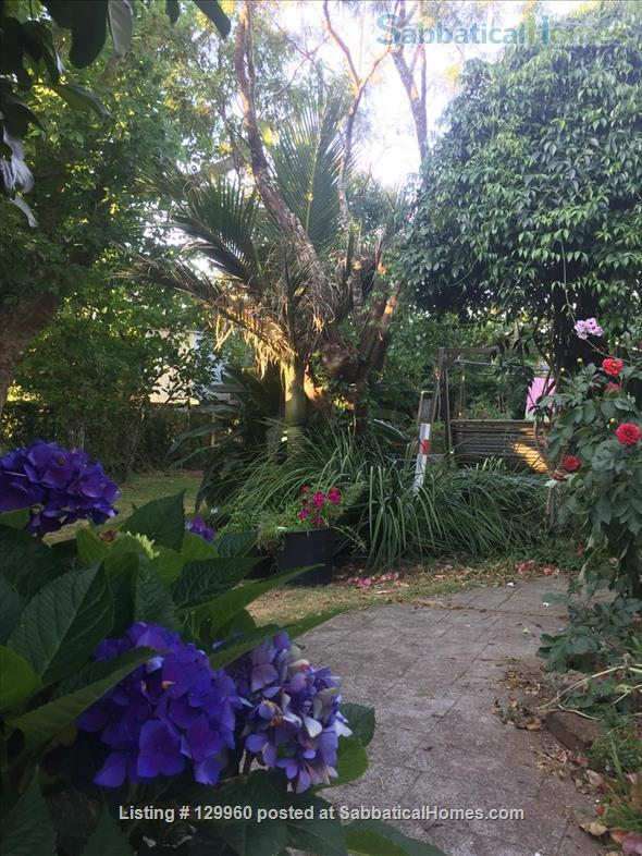 Character central Auckland bungalow with easy access to campuses Home Rental in Auckland, Auckland, New Zealand 7