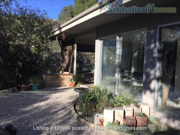 Peaceful Mid-Century Modern w/deer sightings! Secluded canyon, cul-de-sac 3000-2880 month (negotiable) based on  occupancy, 1 mile  to Art Center College of Design (north), 4.5 miles to JPL, 7.4 miles to Caltech, 8.4 miles to Huntington Library Home Rental in Glendale, California, United States 7