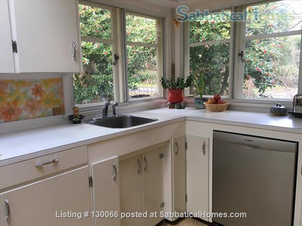 Cozy gem with garden and ocean views, close to UVic Home Exchange in Victoria, British Columbia, Canada 3