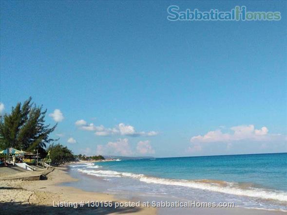 Jamaica Apartment in Runaway Bay Near UWI Marine Lab Home Rental in Runaway Bay, St. Ann Parish, Jamaica 8