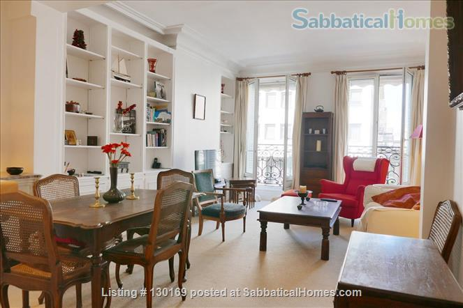 1BR Stylish French Apartment -Elevator - Center Latin quarter  Home Rental in Paris, Île-de-France, France 1