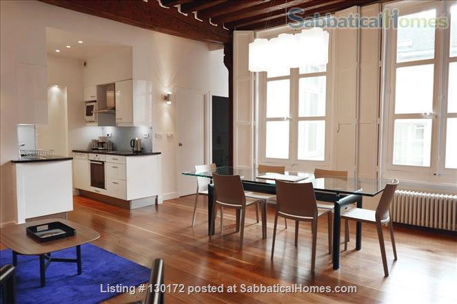 Unique apt for 6 - Great place in Le Marais. Home Rental in Paris, Île-de-France, France 0