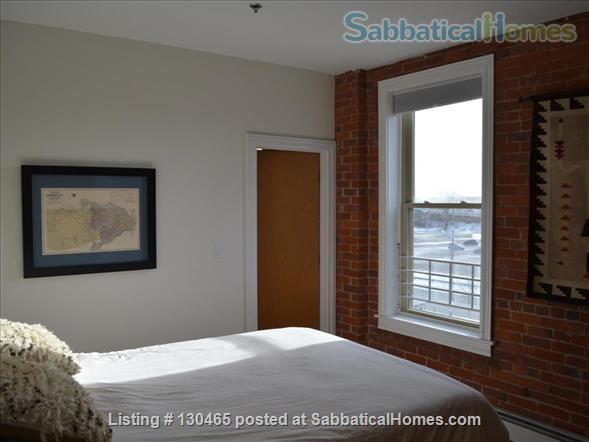 Sun-filled, historic downtown condo Home Rental in New Haven, Connecticut, United States 4