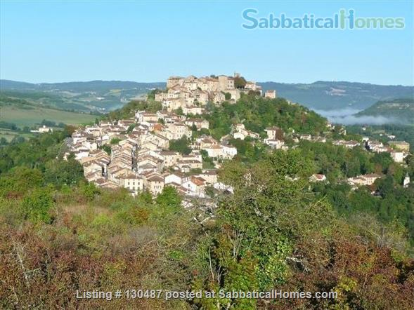 PEACEFUL RETREAT WITH DRAMATIC VIEWS FROM PRIVATE GARDEN AND TERRACE IN HEART OF HISTORIC CORDES-SUR-CIEL Home Rental in Cordes-sur-Ciel, Occitanie, France 1