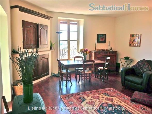 PEACEFUL RETREAT WITH DRAMATIC VIEWS FROM PRIVATE GARDEN AND TERRACE IN HEART OF HISTORIC CORDES-SUR-CIEL Home Rental in Cordes-sur-Ciel, Occitanie, France 2